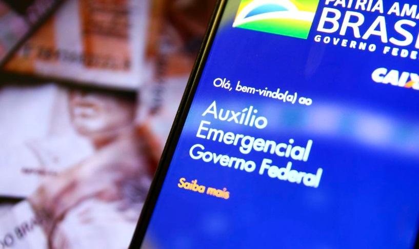 Senadores propõem continuidade do auxílio emergencial em 2021