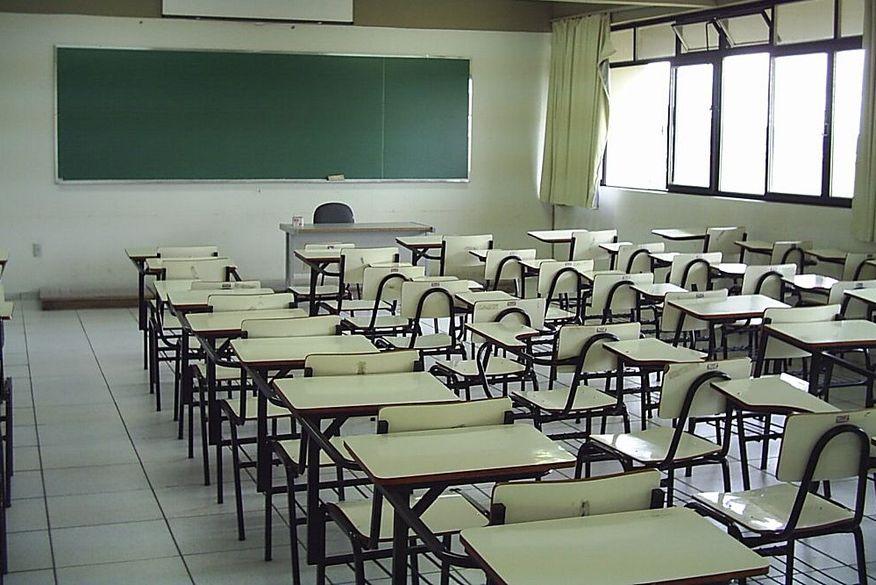 Após avanço da covid-19, retomada das aulas presenciais na rede estadual da Paraíba é adiada