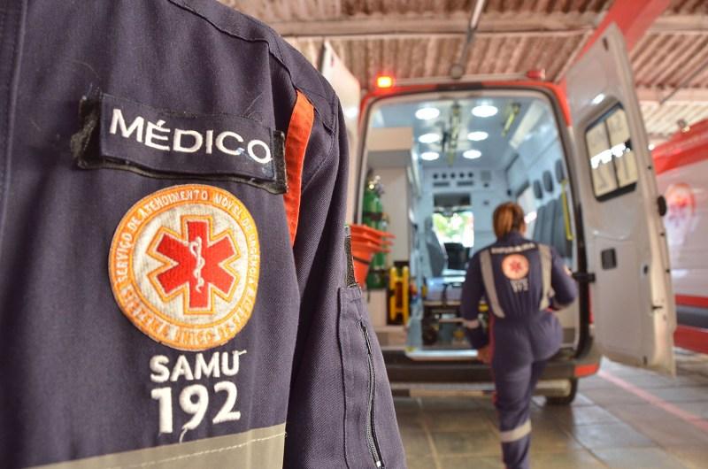 Samu orienta sobre riscos de queimaduras com fogos