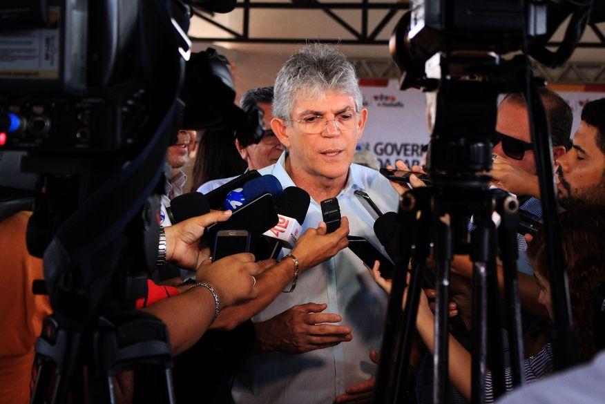 MPE conclui que não houve crime eleitoral e pede que ação contra Ricardo Coutinho seja enviada à Justiça comum