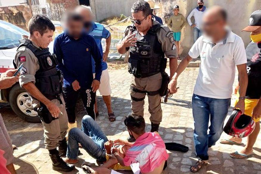 Homens são detidos por populares ao tentarem assaltar casa lotérica na Paraíba